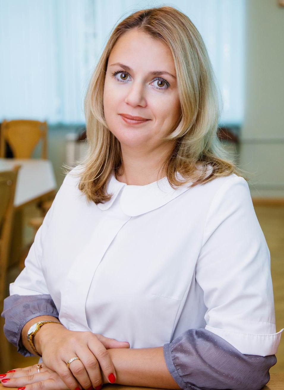 ПОЛЯКОВА Виктория Олеговна